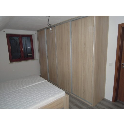 vestavěná skříň na míru Bardolino