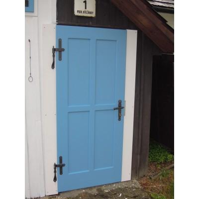 Dveře do roubenky