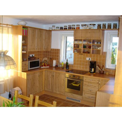 Kuchyň na míru antik