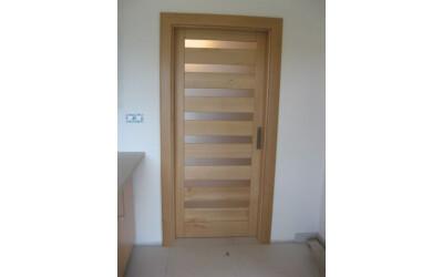 Dveře vnitřní masiv